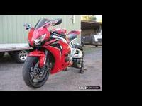 2011 HONDA CBR 1000RR STREET BIKE MINT, MINT, MINT WITH