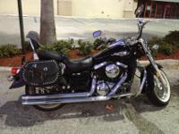 2007 Kawasaki Vulcan 1500 Classic. ONLY 6400 miles.This