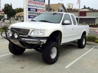 THIS TRUCK WILL NOT LAST! A MUST SEE!2000 White ford