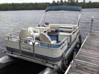 18 Foot Northwood Pontoon boat. Excellent condition 30