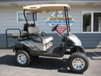 2009 EZ GO RXV Electric Golf Cart in BRAND NEW