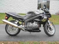 2001 TRIUMPH SPRINT RS, Black,