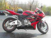 2006 HONDA CBR600, Two-tone Red / Black,