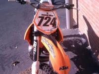 2011 KTM 250 SX, almost like new, barely pre-owned!