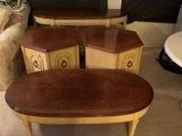 4 antique tables by Lane Furniture. 2 end tables with
