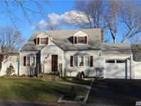 Beautifully Updated Expanded Cape In Wonderful Amity