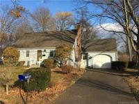 Lovley 4 bedroom cape at end of cul-de-sac. Open floor