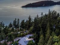 This Chuckanut estate is the epitome of unique!