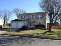 Well maintained & upgraded colonial on dead-end court