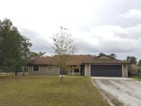 Spacious 4 Br/2.5 Ba Corner Lot Home With Screened In