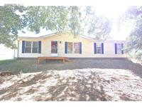 Come see this great 2005 home sitting on 1 acre. The