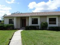 Highly Desirable end unit Villa home at East Lake