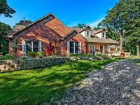 Awesome country estate with 2 bedroom guest quarters!