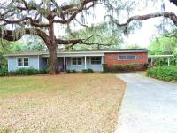 Nice 4 BR/2bath concrete block home in a beautiful