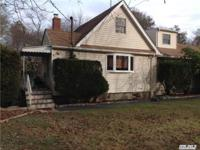 Great Looking Home! Updated Siding, Windows, Burner Oil