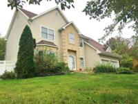 Great large, 4 bd, lr, dr, fm, 2.5 bath colonial is