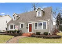 Spacious 4 or 5 bedroom Cape Cod near Elmhurst's