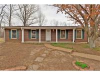 Excellent single owner home in the heart of Fenton!