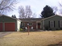 Charming Ranch style home in Gunbarrel Greens on quiet