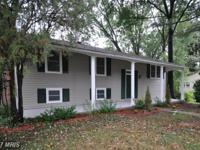 Great location - remodeled sherwood hall 4br/2bath on