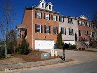 Better Than New - More of EVERYTHING! Huge townhome in