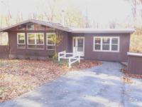 Spacious Sunlit Ranch in Harbor Hills, 4 bedrooms, 3