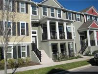 Spacious 3 story townhome in Jesup's Landing in the