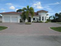 Cbs 2008 Custom Home, 4br/3.5bths/2 Car Garage On A