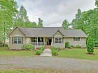 Lake Nottely water front home w/ boat dock. FULLY