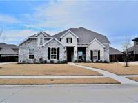 WOW - this is a must see home in the RECOGINZED Red Oak