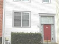 Gorgeous 3 level townhouse next to Fort Meade &