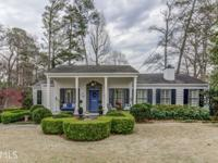 "A perfect ""10"" in Pine Hills! Charming 4 bedroom/3.5"