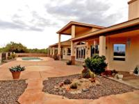Magnificent Custom Home w/Incredible Views! This solar