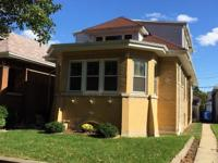 Large Blonde Brick Octagon Bungalow w/desirable side