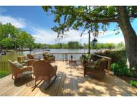 Lakefront living in the heart of Lake Wylie! Big open