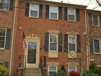 Beautiful 4br, 3.5ba brick th in springfield's sought