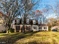 Presenting this simply amazing Colonial style SFR that