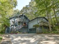Beautiful home on 2+ acres! 23' lvng rm ceil! Custom
