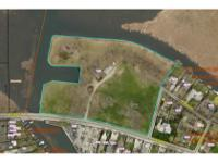 LAKE WAWASEE INVESTMENT POTENTIAL. Rare opportunity for