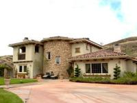 Lovely Tuscan Villa style home on 5ac in picturesque