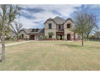 4 bedroom, 4.5 baths, 4.5 garages with lots of