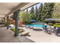 One of Chico s most spectacular homes! Conveniently