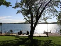Gorgeous Sunsets, amazing lake views, 70 ft of
