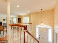 A COMMUTERS DREAM! GORGEOUS & RENOVATED 3000+ SQ FT 4BR
