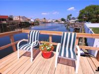 Fabulous Location, Wedgewood Section Waterfront