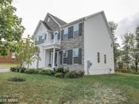 OPEN SUN 1-4! STONE FRONT COLONIAL*WIDE PLANK HARDWOOD