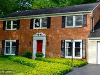 Charmingly updated 4/5 bedroom Col. that is scrubbed,