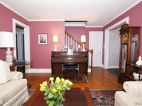 Beautiful 4 Br 3Bth Fieldstone Colonial In The Heart Of