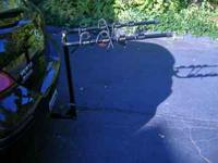 This is a brand new 4 bike hitch rack that works on