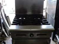 FOR SALE - AMERICAN RANGE - 4 BURNER STOVE IN GREAT